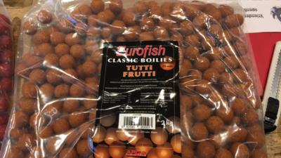 Eurofish classic boilies Tutti Frutti 20mm / 2kg